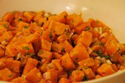 Veggie: Midden Oosterse salade met zoete aardappel