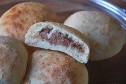 Broodjes met kastanjepuree vulling