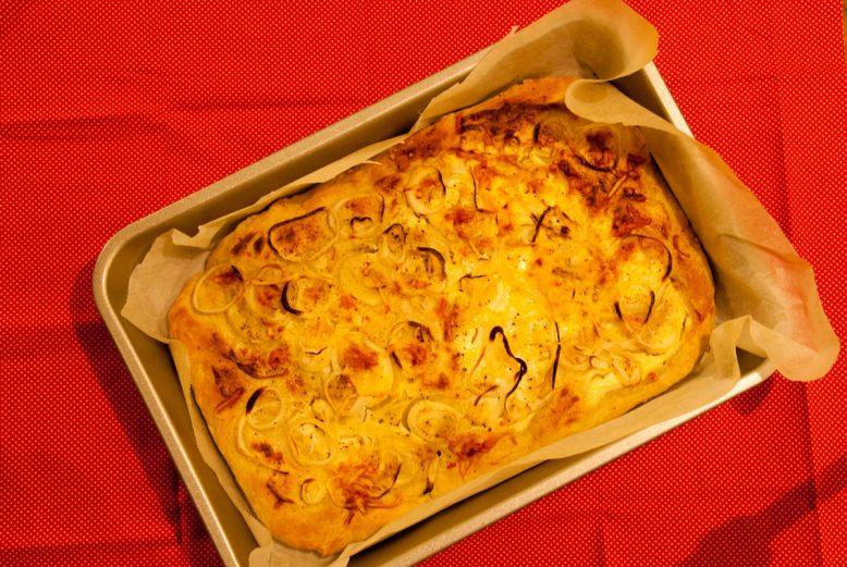 Foodblogswap:  Flammkuchen / tarte flambée van Lindsay
