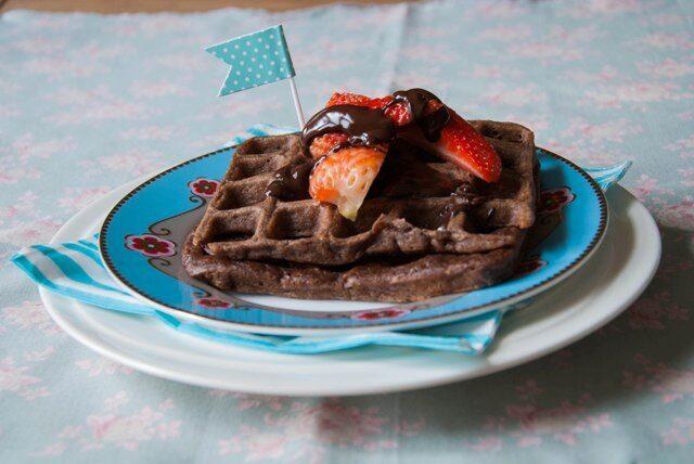 Chocolade wafels met aardbeien