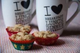 Appel cupcakes met een krokante kruimellaag