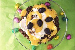 Paas trifle (met advocaat, chocolade en banaan)