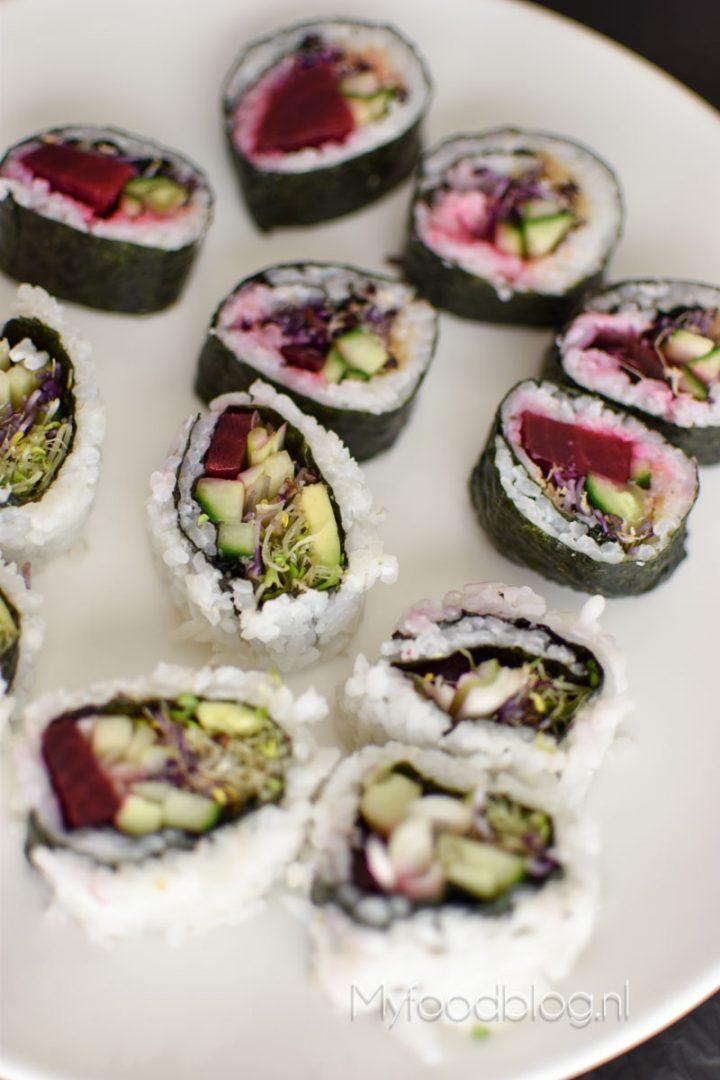 Vegetarische sushi met biet en 11 andere vegetarische sushi ideeën