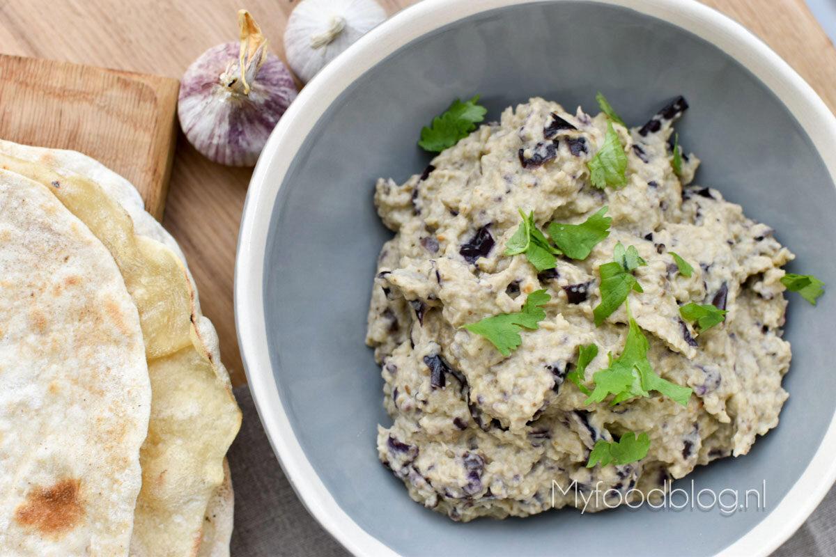 Snel baba ganoush recept (Libanese aubergine dip)