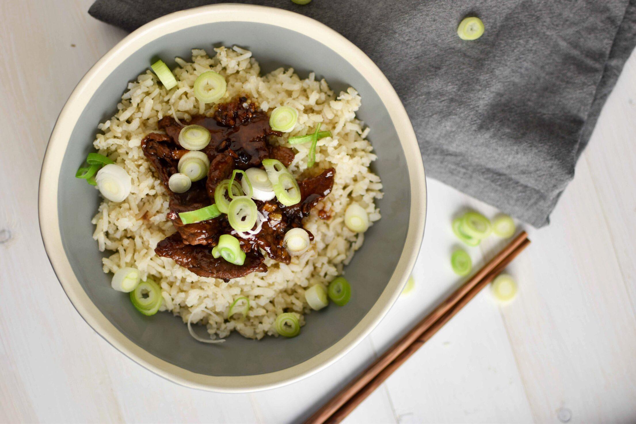 Gyudon (Japanse biefstuk bowl)