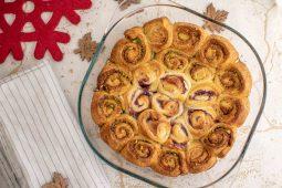 Rood-groene snelle kerstbroodjes