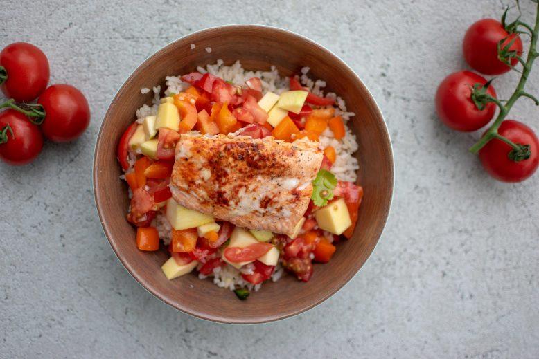 Mexicaanse zalm met rijst en mango salsa
