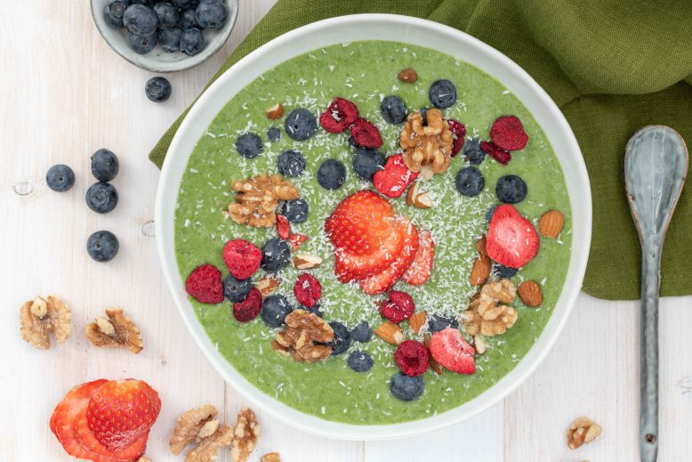zomerse groene smoothiebowl