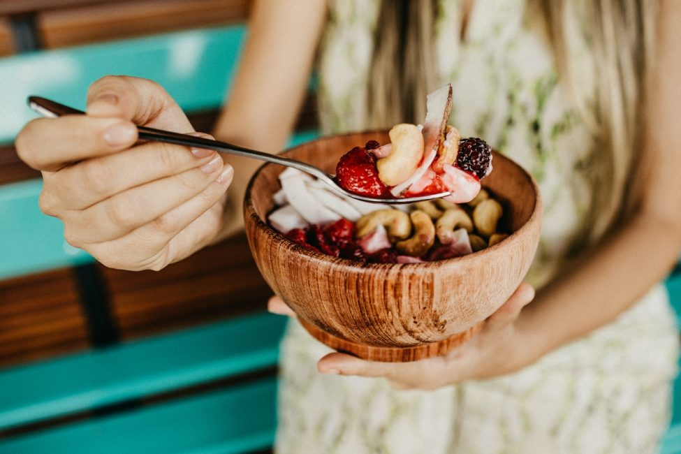 Zelf smoothie bowl maken – 10 zomerse recepten